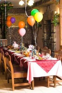 воздушные шары в зале